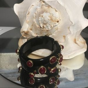 Jewelry - Chunky bangle red and black